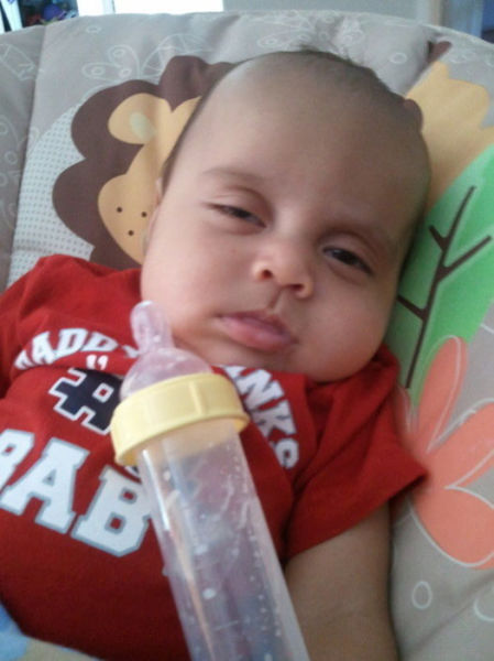 the_many_ways_babies_actually_resemble_little_drunk_people_640_02